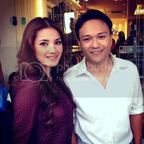 Sentuh Tangan Masih Boleh, Peluk Dan Aksi Ranjang Tak Boleh  Nur Fazura