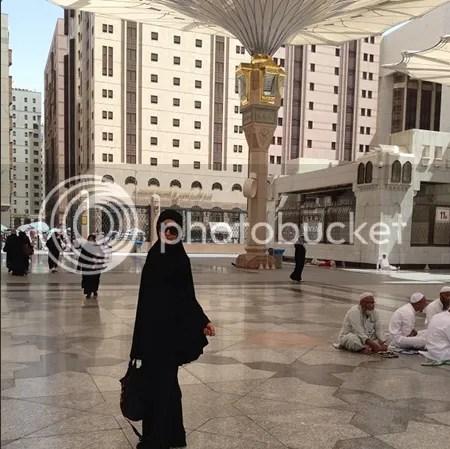 ella hijab