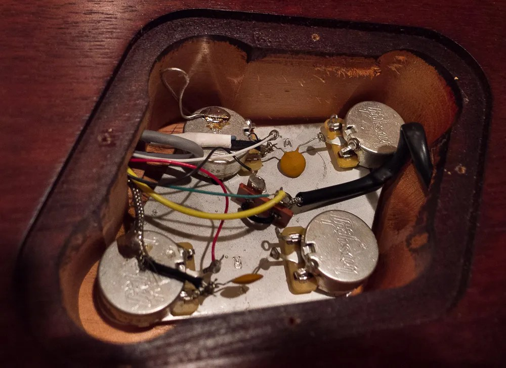 Show me your Gibson Quickconnect control cavity My Les Paul Forum