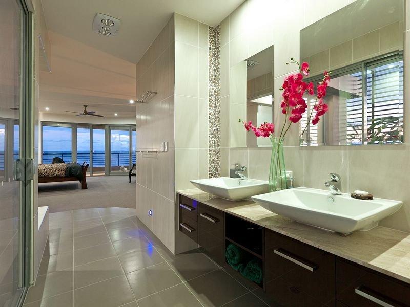 Modern bathroom design with twin basins using ceramic bathroom photo