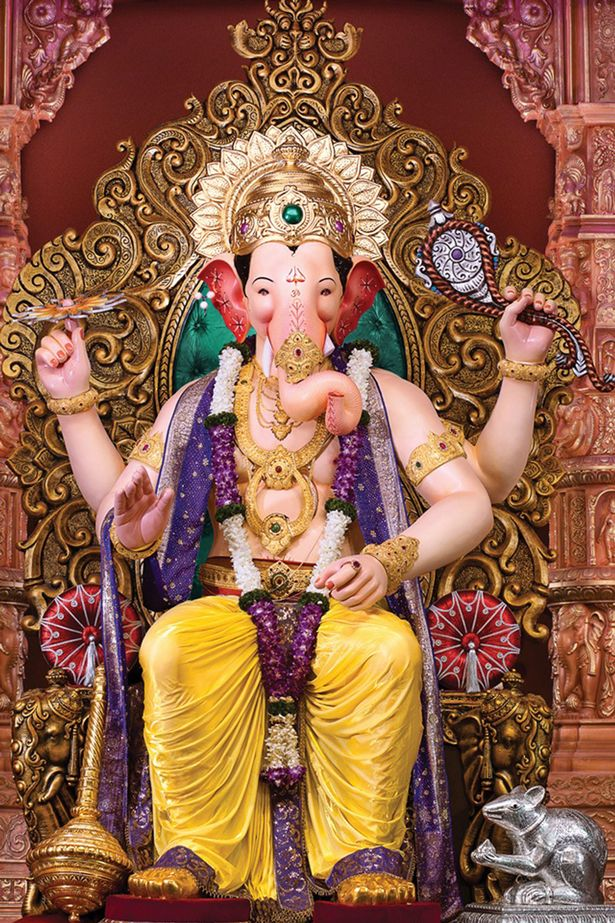 Desktop Wallpaper Hd 3d Full Screen God Ganesh Aubergine That Looks Like Hindu God Ganesh Sees Believers