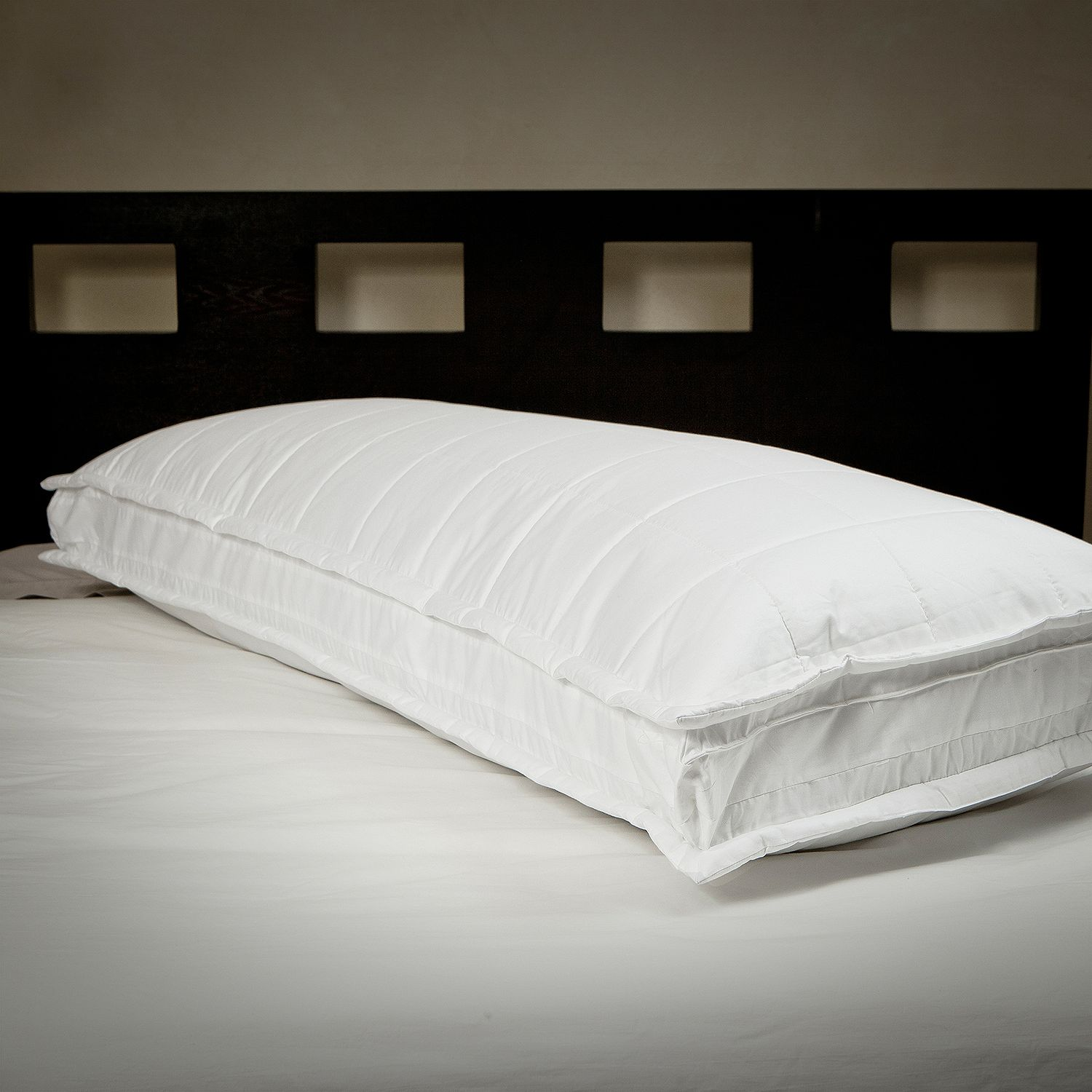 Standard Bed Pillows Product Of Homeluxe 550 Fill Power 40 60 Down Fiber Pillow Standard Bed Pillows Bulk Savings