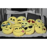 Soft Plush Emojee(z) Throw Pillow EMOJI PILLOW - SMIRK ...