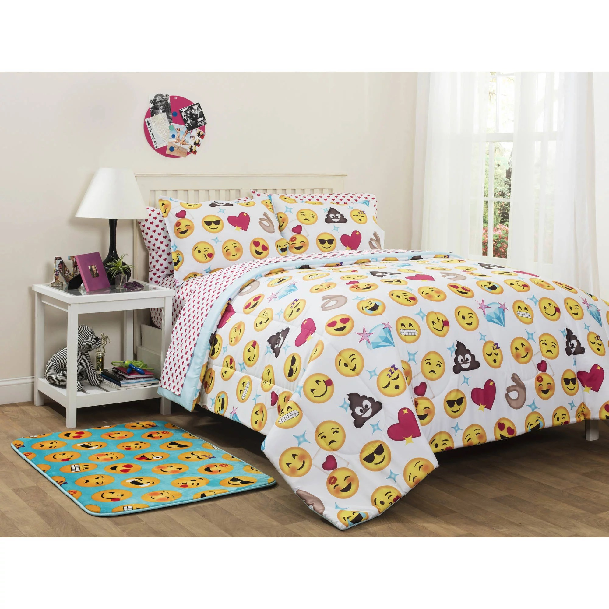 Where To Buy Nice Duvet Covers Emoji Pals Bed In A Bag Bedding Set