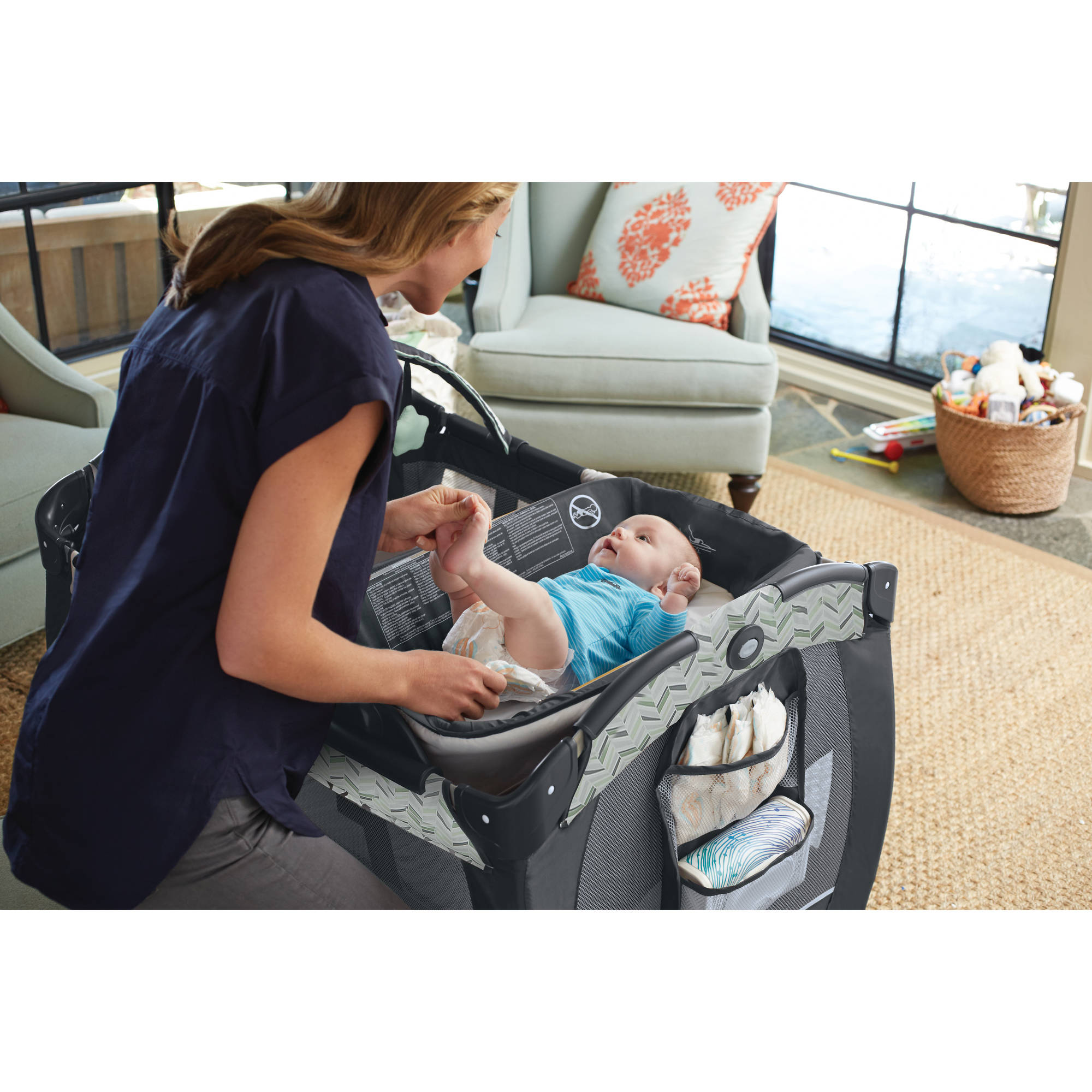 Graco Newborn Bassinet Details About Graco Pack N Play Playard Baby Newborn Playpen Portable Napper Changer Bassinet