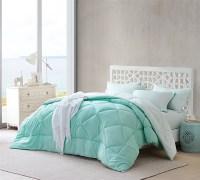 Yucca/Hint of Mint Comforter - Walmart.com