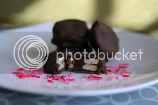 http://i0.wp.com/i614.photobucket.com/albums/tt227/amabry_2009/chocolate.jpg?resize=640%2C426
