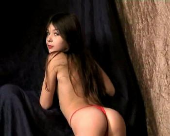 oxi anya pussy topless