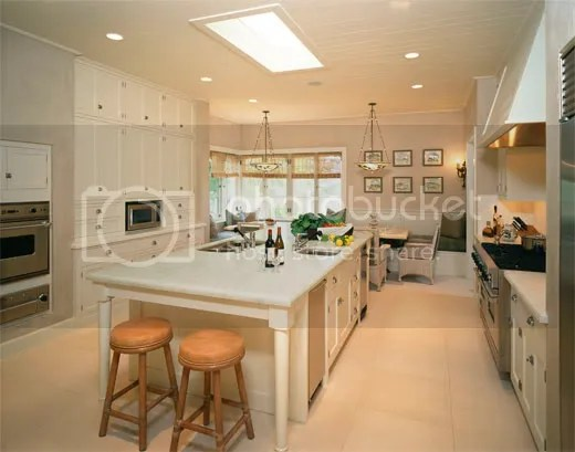 Kitchen Island Distance From Cabinets Pictures- Small Kitchen Island With Seating On End