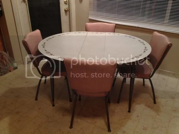 5N55Gb5F23E43n43Hac9u1119f031417f156b zps07e089c0 The Perfect Vintage Table