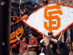 SF Giants Float From World Series Parade