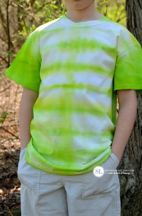Horizontal Stripe Tie Dye Pattern