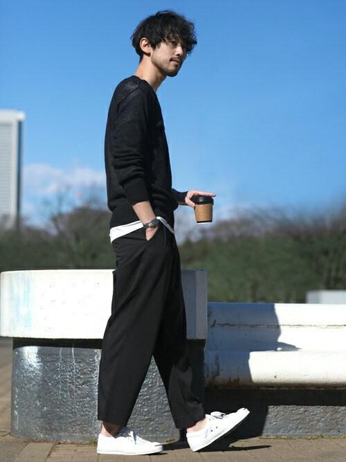ワイドパンツ メンズ コーデ 黒