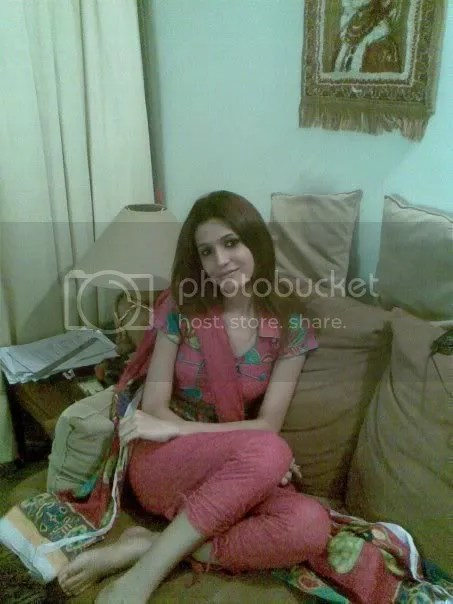Lahore Punjab College Girl Wallpaper Q7 Jpg Photo By Staycoolmen2006 Photobucket