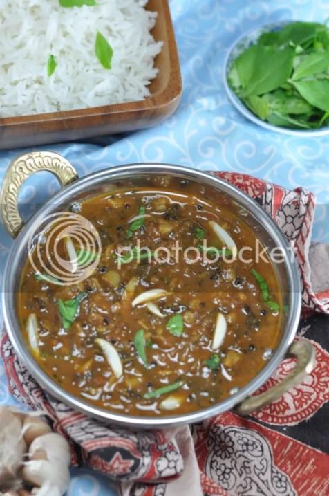 Venthiya Keerai Kara Kuzhambu
