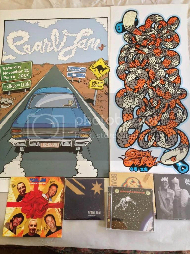 Posters Perth Mystery Box Posters Vinyl Page 20 Pearl Jam Community