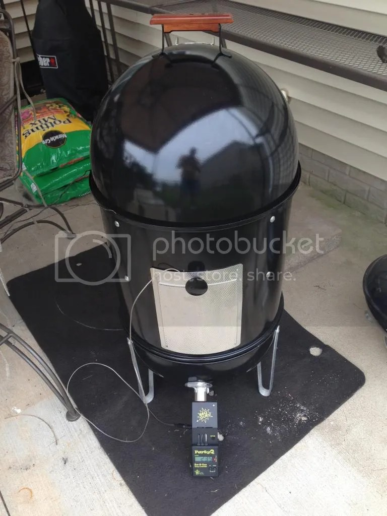 Bbq Guru Party Q Good Day With My New Old Wsm And My Partyq