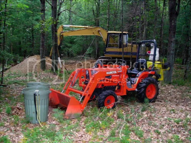 New to me Kubota B2100 and some land clearing questions