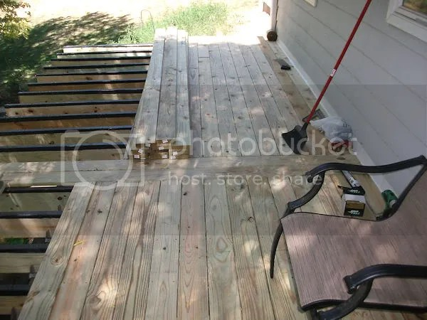 Pictures Of Large 2Nd Story Decks??