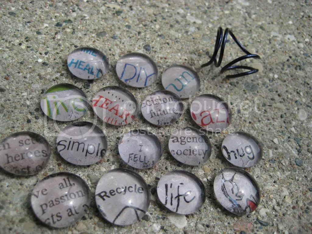 Flat pebbles for crafts - Download