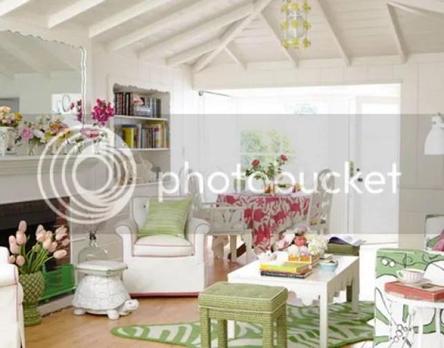 photo beautiful-living-room-beach-house-decor-ideas.jpg