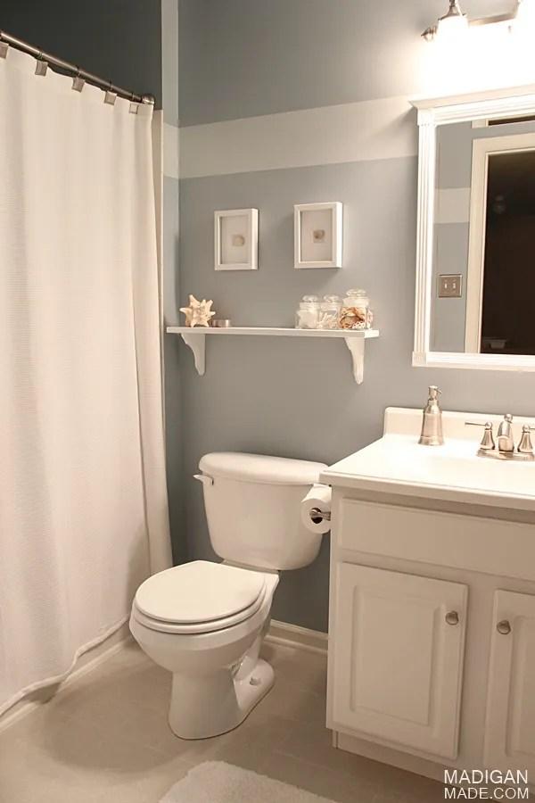 Simple diy d cor my home tour rosyscription for Summer bathroom decor