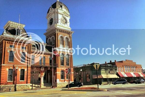 photo Courthouse2.jpg