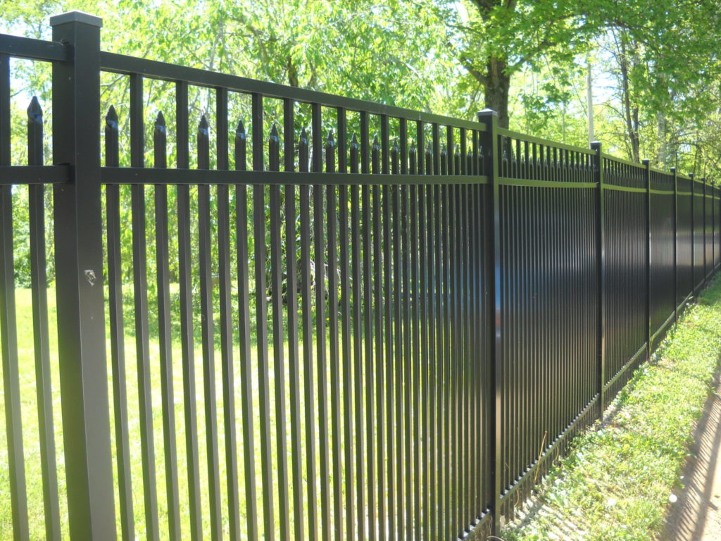Backyard Fence 5 Signs It S Time To Invest In A Backyard Fence Mills Fence Co