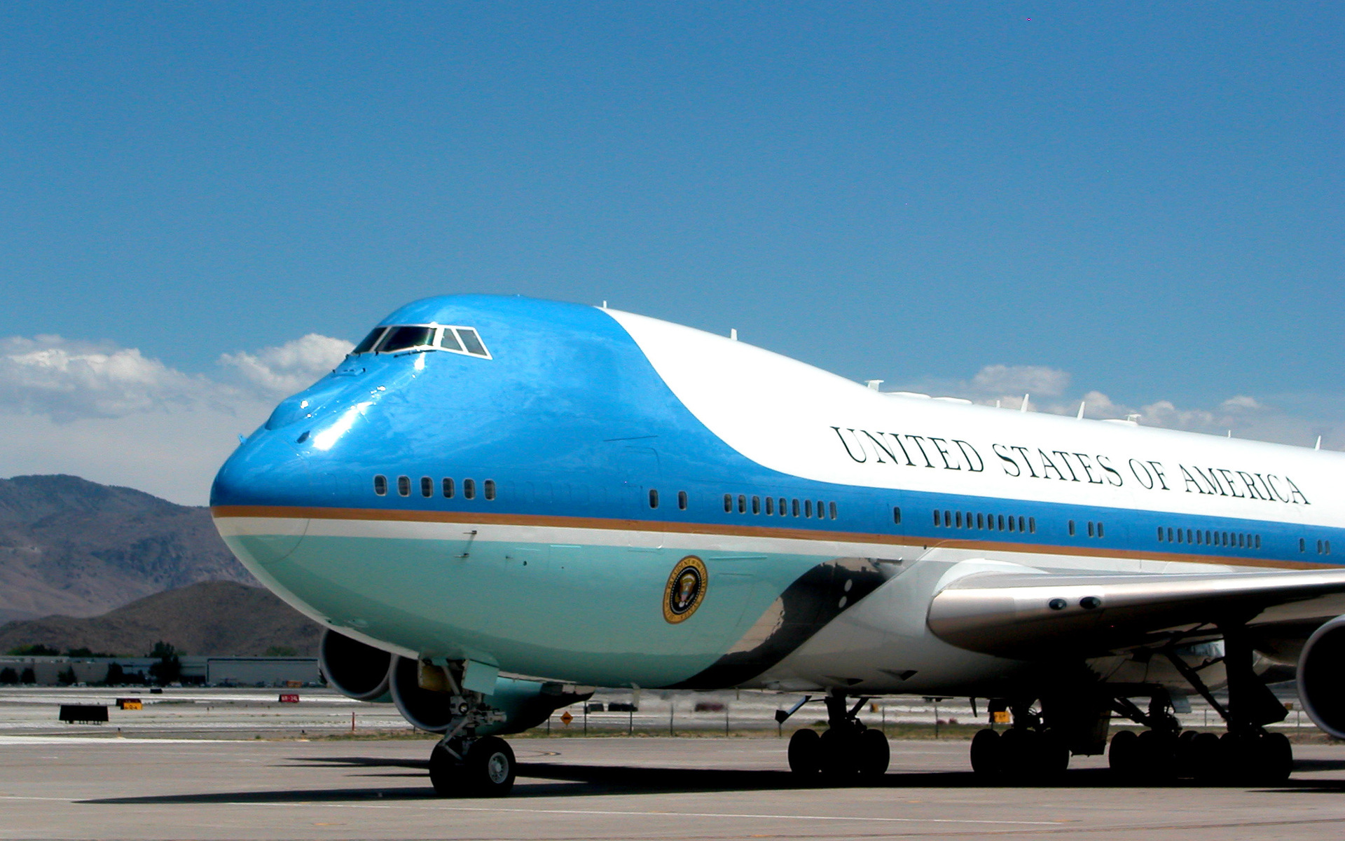 Trump For President Iphone Wallpaper Union Members Proud To Build Next Air Force One