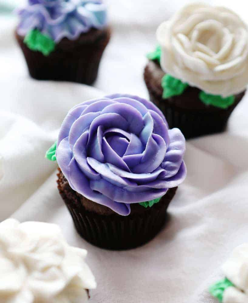 Décoration De Cupcake Cupcake Frosting Cupcake Decorating Ideas I Am Baker