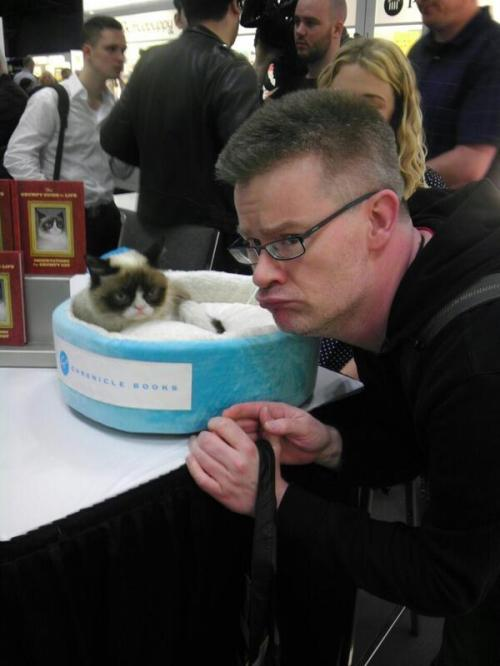 I met Grumpy Cat at BookCon