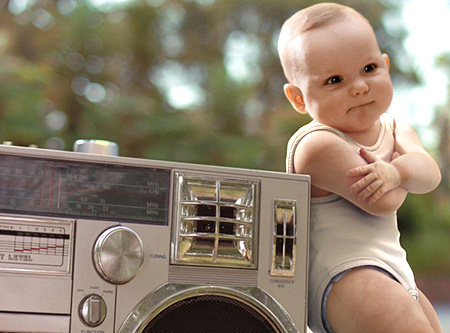 http://i0.wp.com/iamjr.files.wordpress.com/2009/07/dancing-baby-2131530781.jpg?w=863