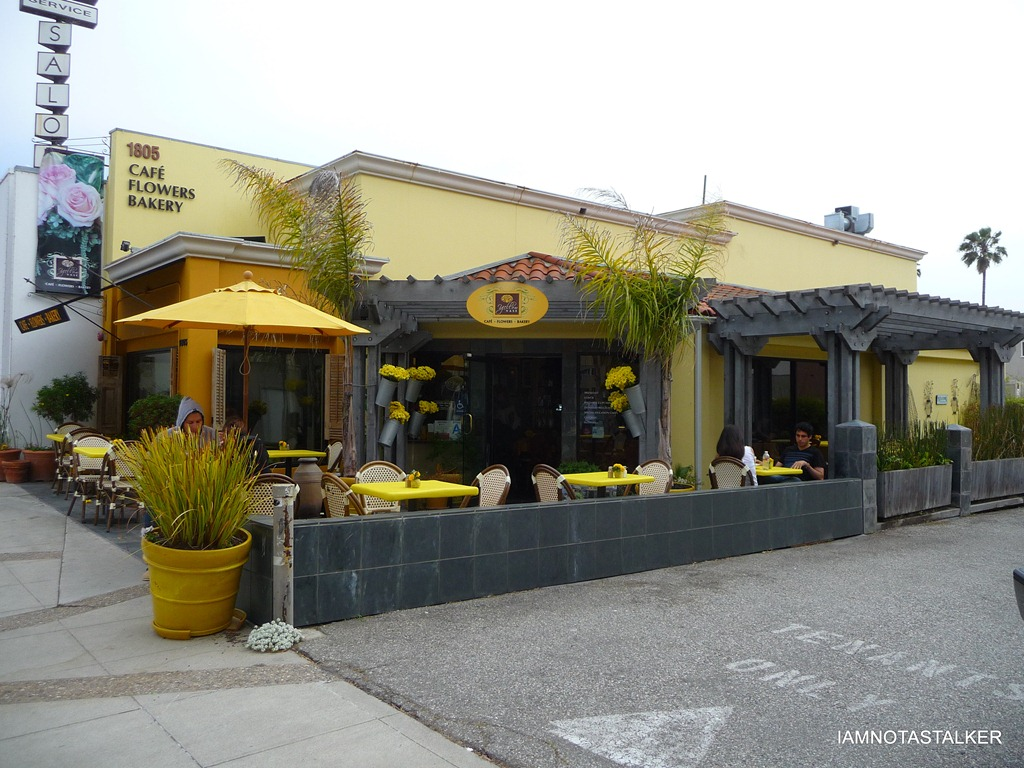 Yellow Shop The Yellow Vase Café From Quot90210 Quot Iamnotastalker