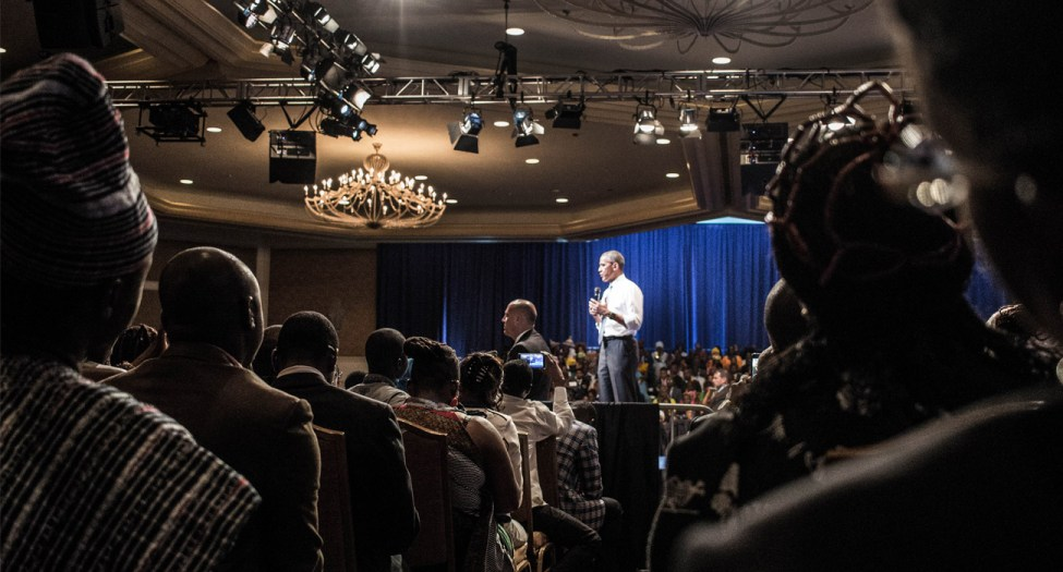 President Obama talking to Mandela Washington Fellow in 2016