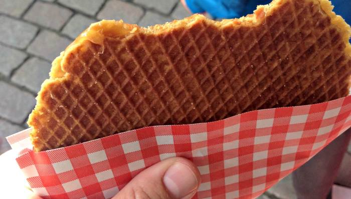 Best Waffles Amsterdam 15 Dutch Foods To Try In Amsterdam - Amsterdam Coffeeshop