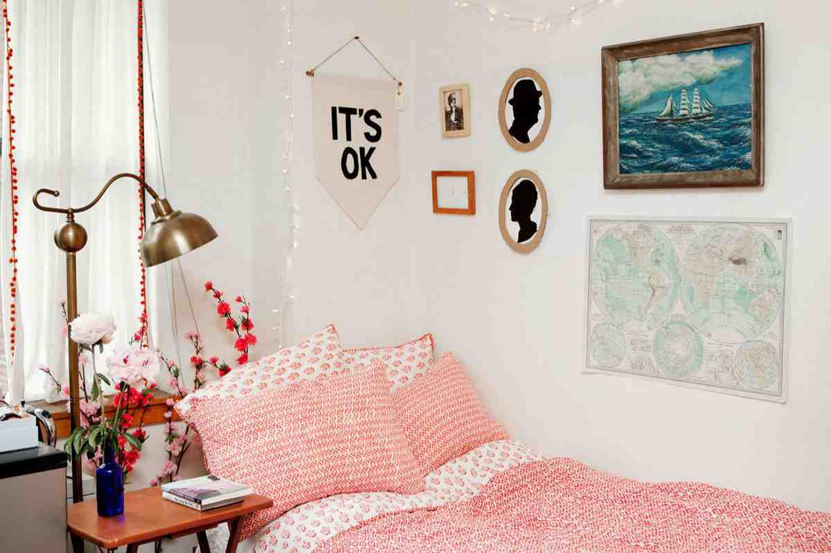 Simple Room Wall Decoration Ideas For Girls Diy Dorm Wall Decor Decor Ideasdecor Ideas