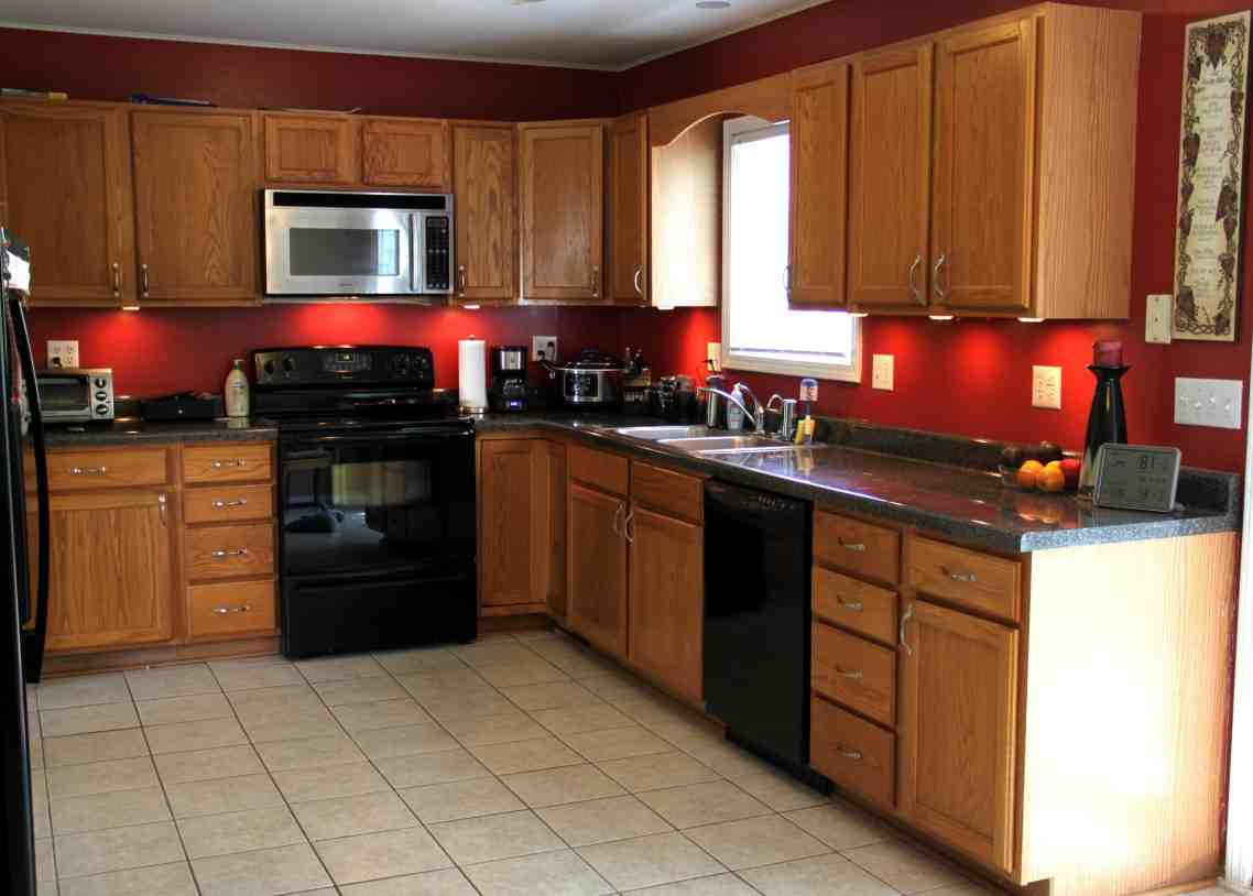 Colors For Kitchens With Dark Cabinets Kitchen Paint Colors With Oak Cabinets Decor Ideasdecor