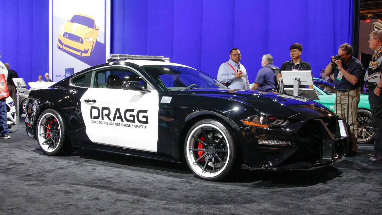 Police Cop Car Live Wallpaper 7 Tuned Ford Mustangs Live From Sema