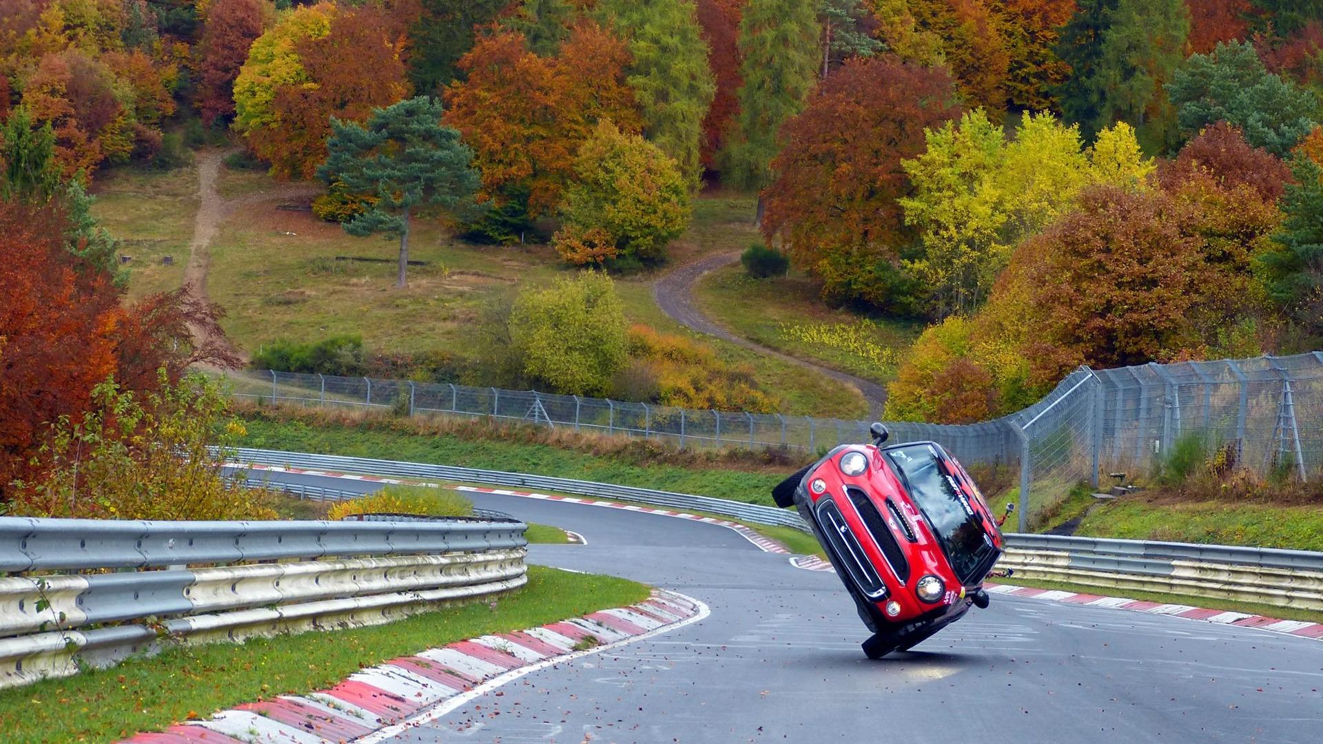 Stunt Wallpaper Hd Mini Laps The Nurburgring On Two Wheels