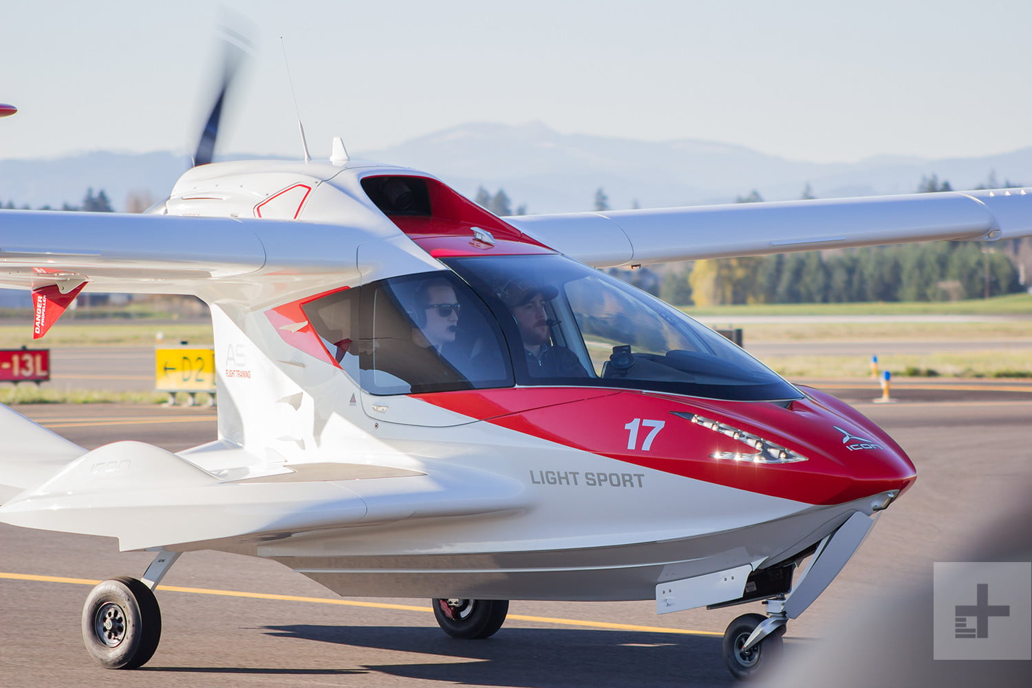 Sport Flying Meet The Icon A5 The High Tech Airplane That Anyone Can Fly