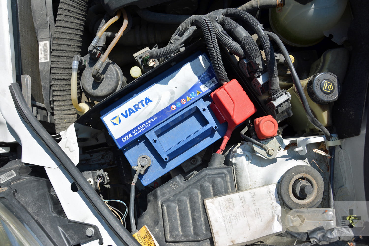 Battery Digital Instructions And Photos On How To Change A Car Battery Digital
