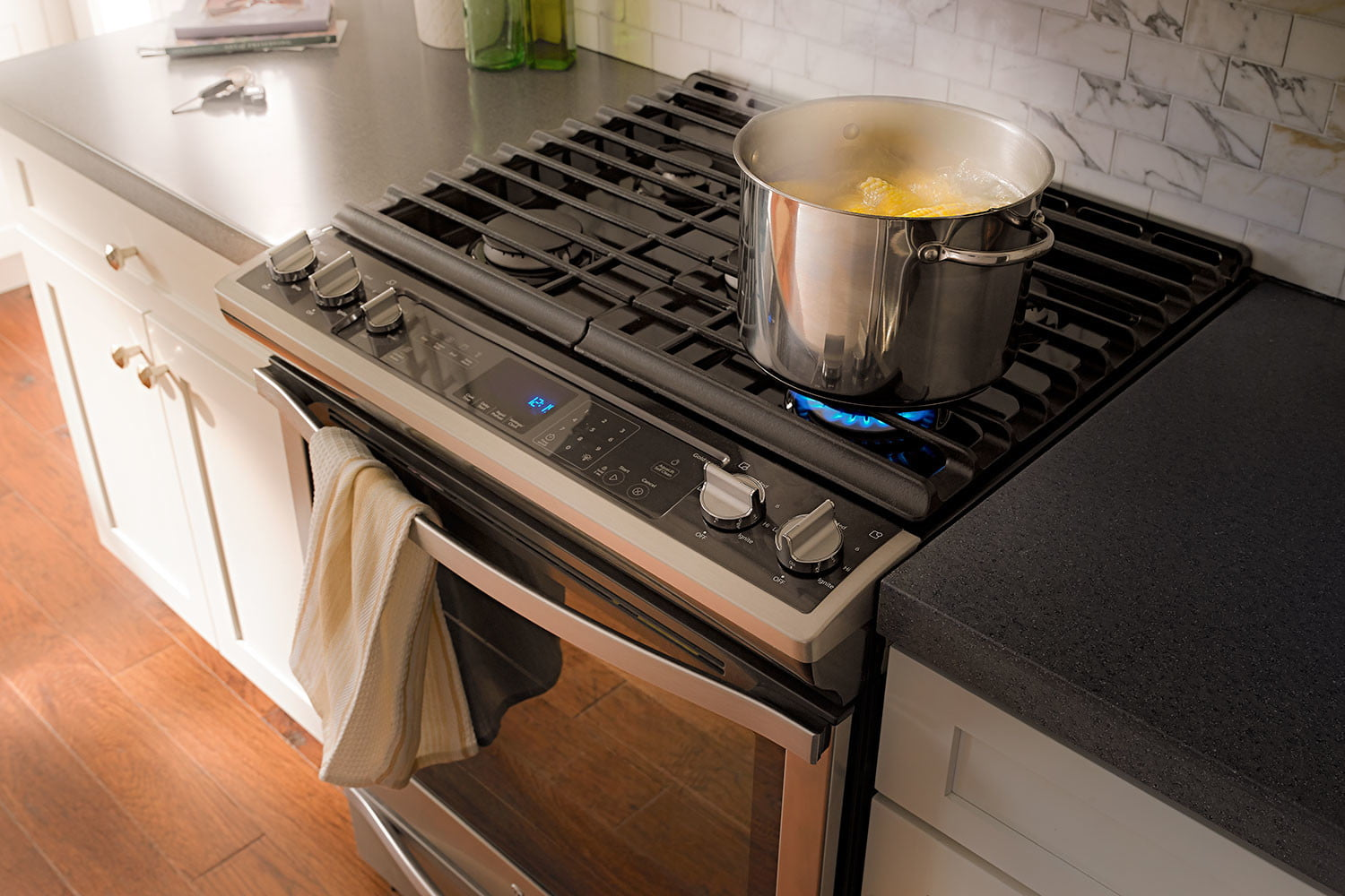 Whirlpool Countertop Stove Whirlpool Introduces 20 Voice Activated Appliances At Ces 2017