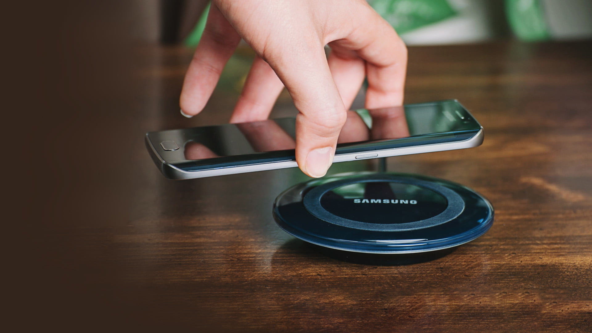 Wireless Battery Charger Does Wireless Charging Degrade Your Battery Faster We Asked An