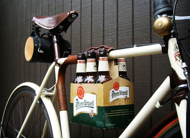 6 Pack Frame Cinch Holds Your Beer While You Ride