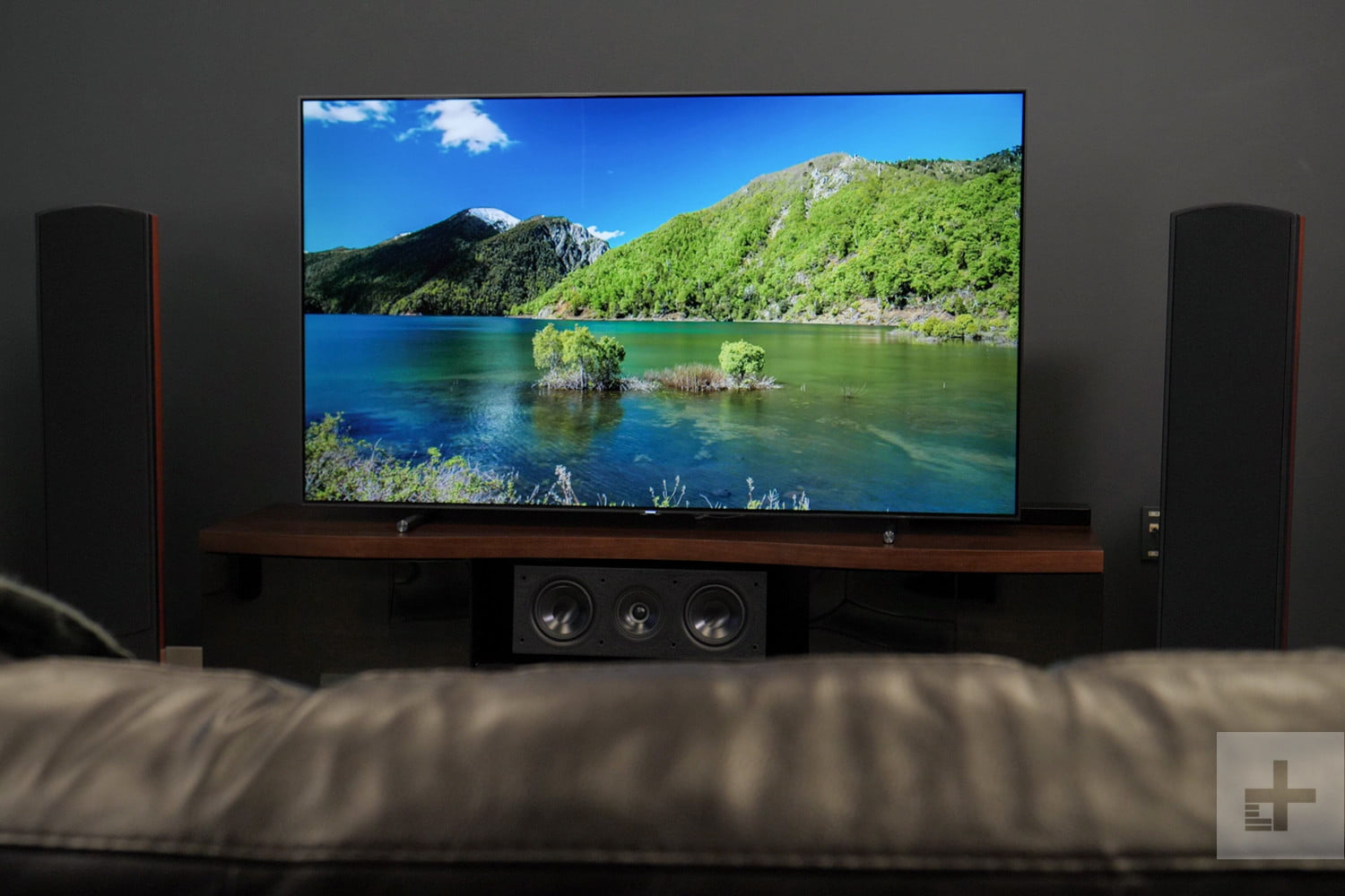 Samsung Flat Screen Tv Price Samsung Q9 Q9f Qled Review Qn65q9f Qn75q9f Digital Trends