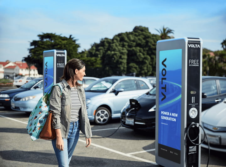 The UK Government May Mandate Charging Stations in New Homes