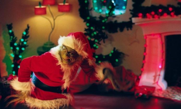 121 Christmas Trivia Questions  Answers, Games + Carols