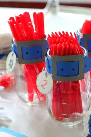 utensils-mason-jars-with-collars