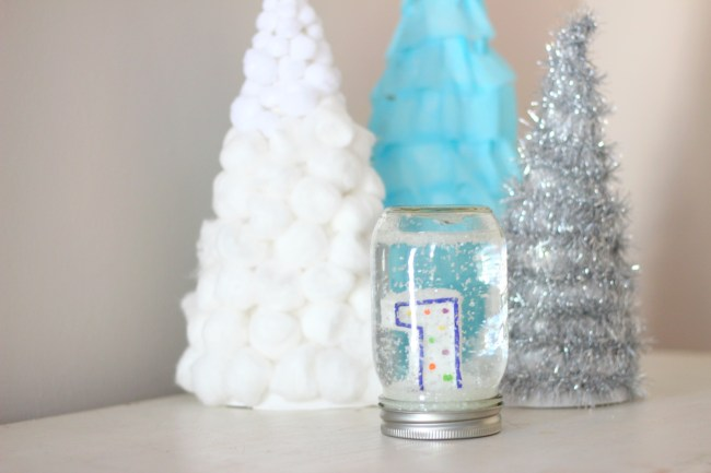 diy-snow-globe-first-birthday