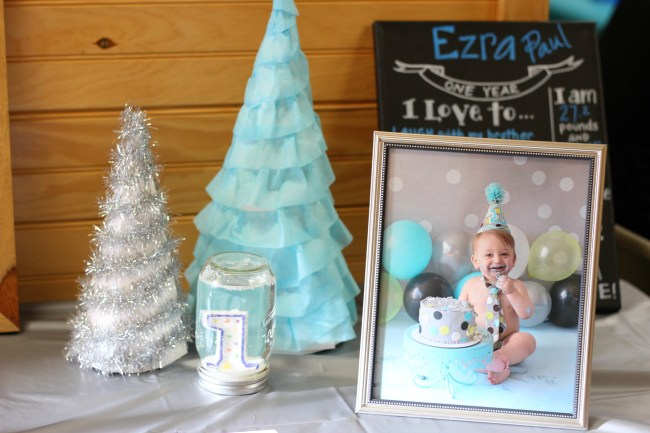 first-birthday-winter-theme